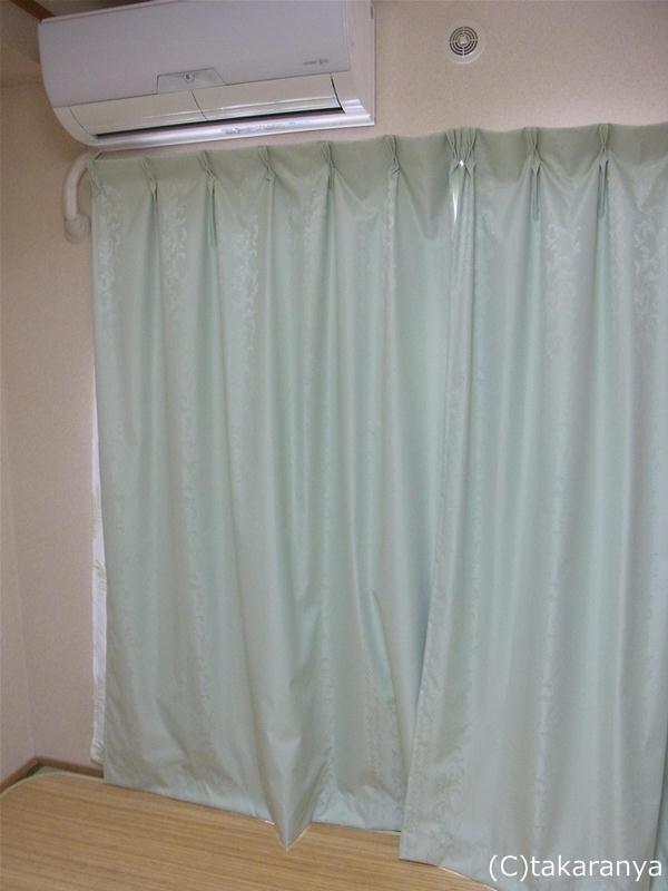 おニューのグリーンのカーテン