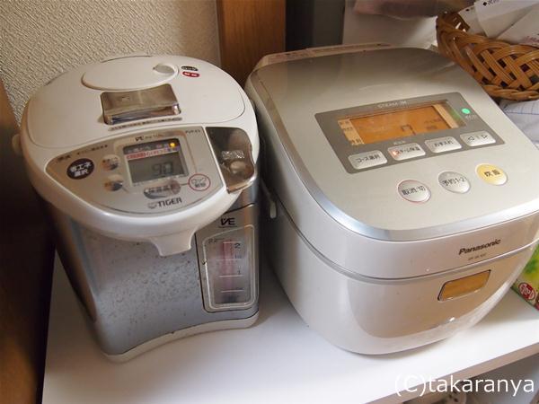 炊飯器と電気ポットが置ける60cmのラック